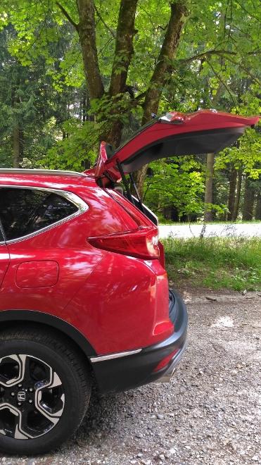 Honda CR-V, Stehhöhe unter der Heckklappe