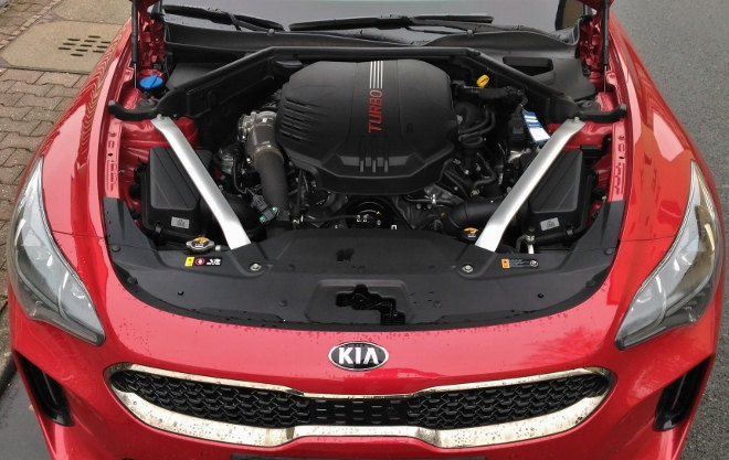 Kia Stinger 366 PS Biturbo V6