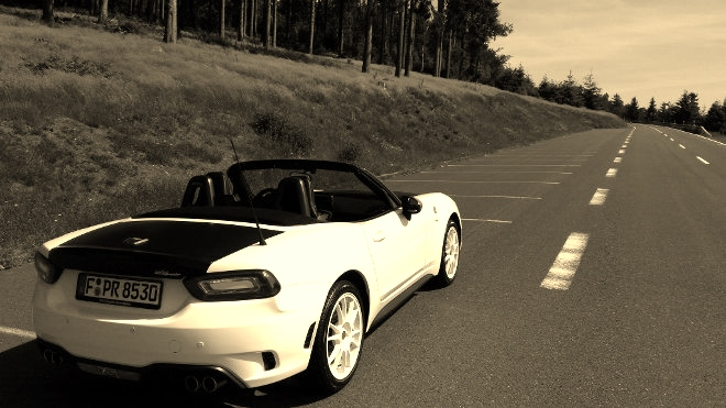 Abarth 124 Spider Rally Tribute Test