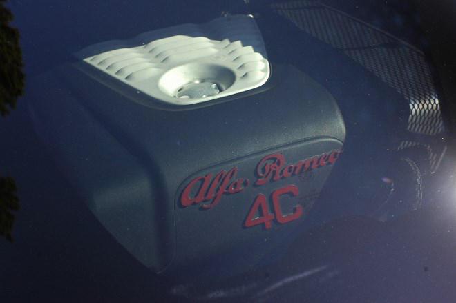 Alfa Romeo 4C Glas Motor