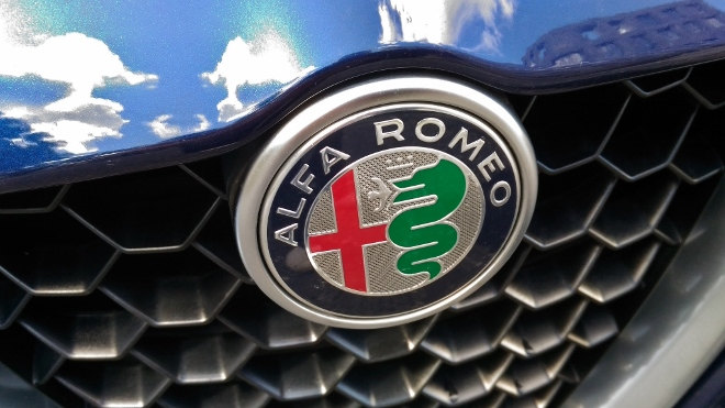 Alfa Romeo Giulia,Grill