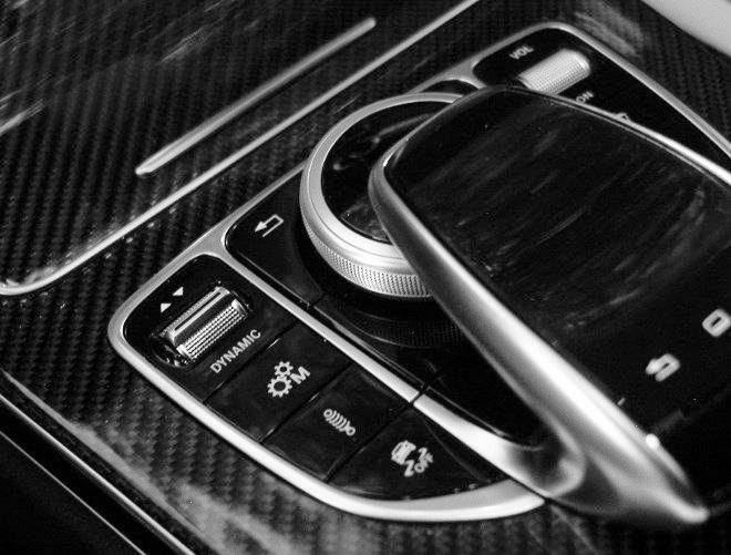 Mercedes C63 S Sporttasten