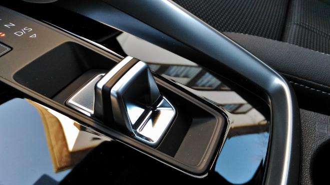 Audi A3 Sportback Automatik Schalter auf der Mittelkonsole