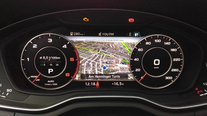 Audi A5 Cabrio TDI Instrumente und Navikarte