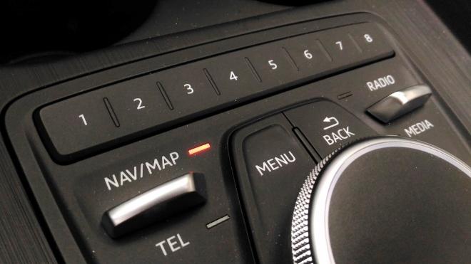 Audi A5 Cabrio TDI Bediensystem und Direkttasten