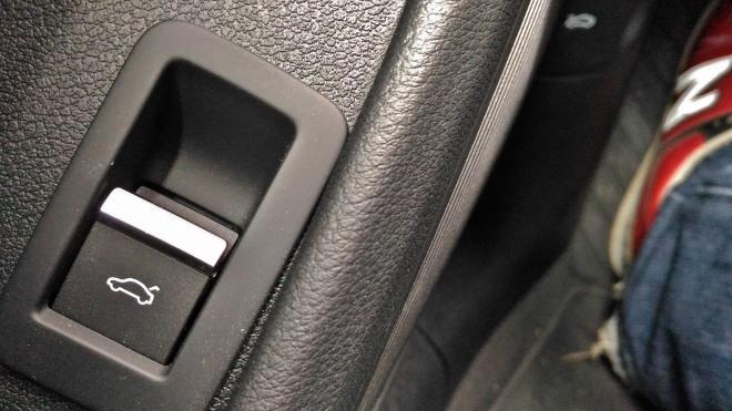 Audi A5 Cabrio TDI Kofferraum Schalter