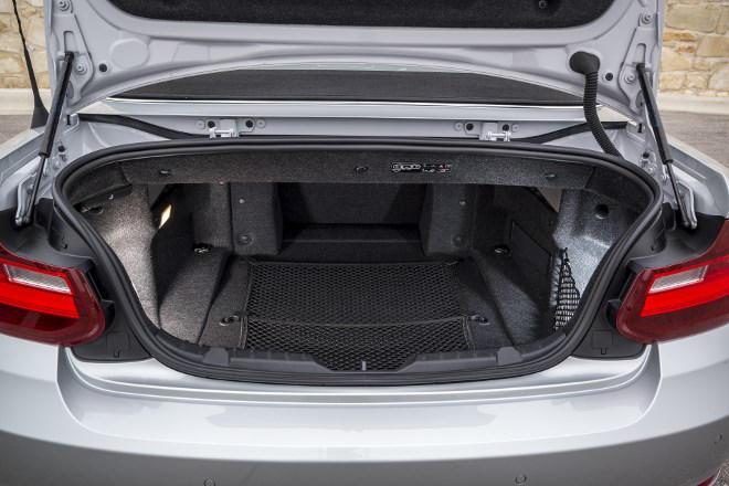 BMW 220d Cabrio Test Kofferraum