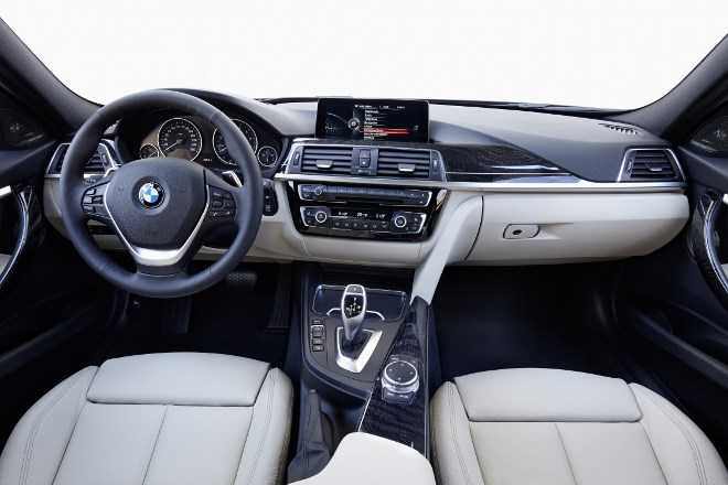 BMW 3er Facelift Cockpit