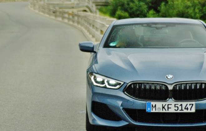 BMW 8er Coupe 840d Front und Grill