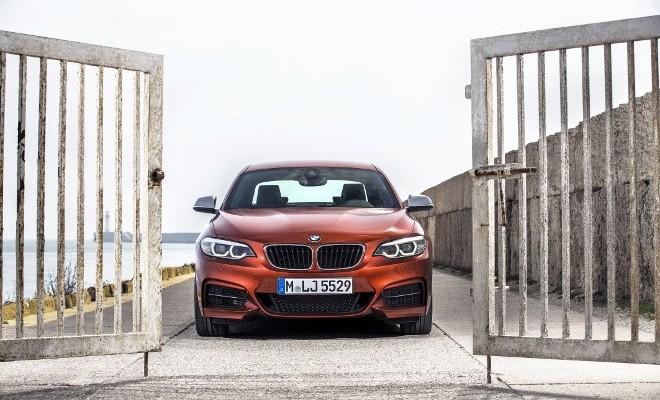 BMW M 240i Front