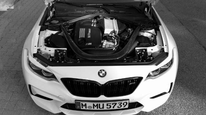 Motor mit 411 PS BMW M2 Competition