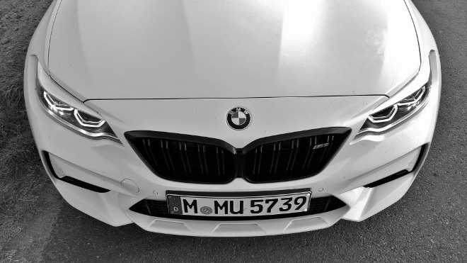 Front BMW M2 Competition weiss