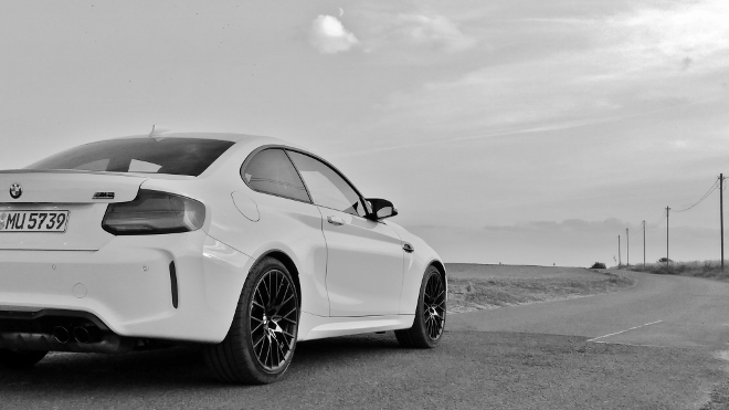 Test Test BMW M2 Competition weiss