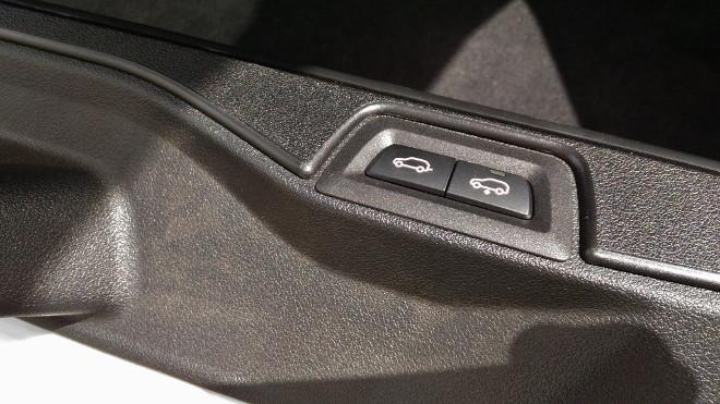 BMW X5 xDrive 30d HeckklappenSchalter