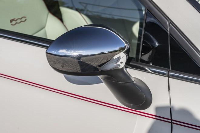 Fiat 500 Dolcevita Sondermodell verchromter Spiegel