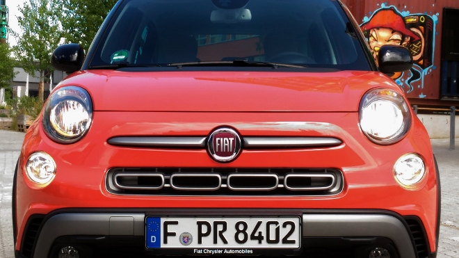Fiat 500L Cross Facelift 2017 orange Front
