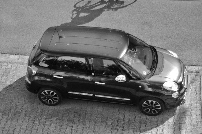 Fiat 500l, schwarz, mattes Dach