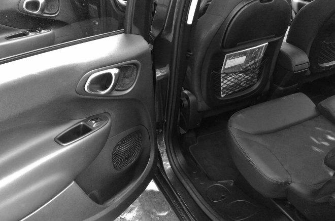 Fiat 500l verschiebbare Rücksitze, Position vorne