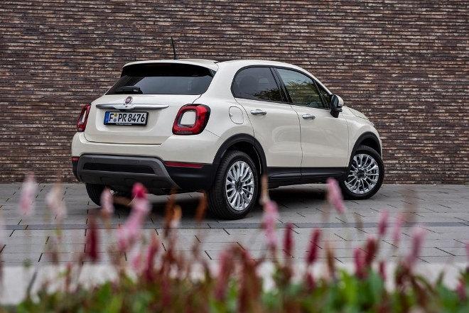 Fiat 500 X Facelift, weiss, Heck