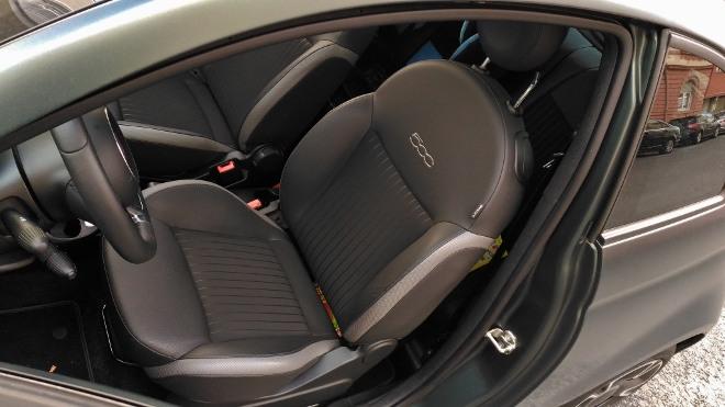 Sitze Fiat 500 Hybrid
