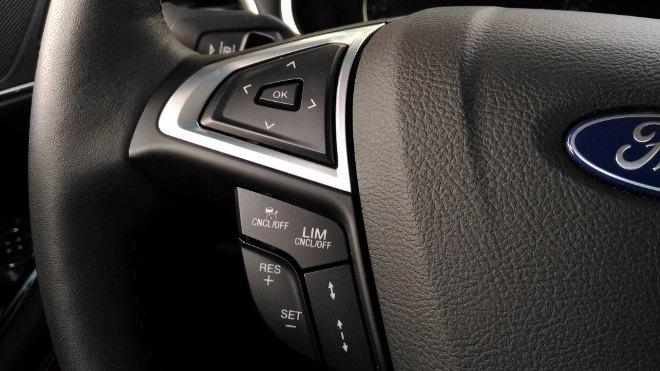Ford Edge Vignale Lenkradtasten, Lenkrad