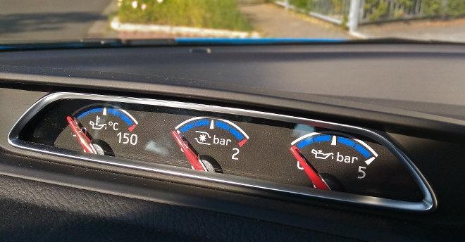 Ford Focus RS interior Zusatzinstrumente
