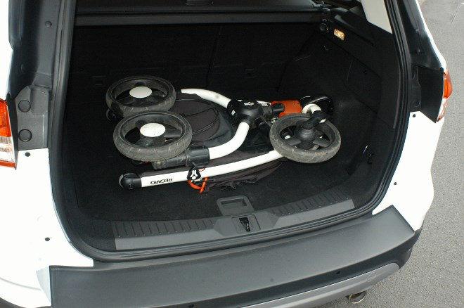 Ford Kuga 2.0 TDCI Diesel Test Kofferraum