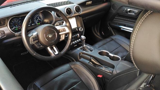 Armaturenbrett Mustang Cabrio V8 Facelift