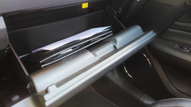 Handschuhfach HandschuhfachMustang Cabrio V8 Facelift