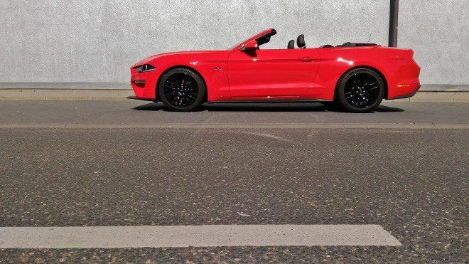 totes Mustang Cabrio V8 Facelift
