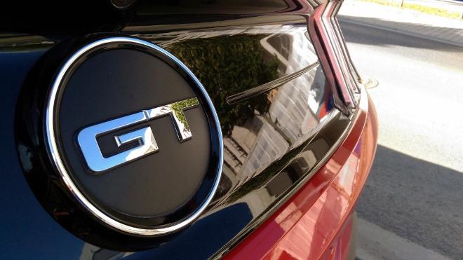 GT Emblem Ford Mustang V8 Facelift