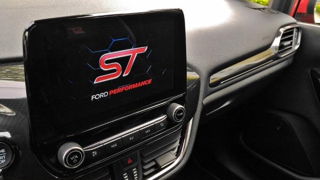 Ford Fiesta ST Bildschirm