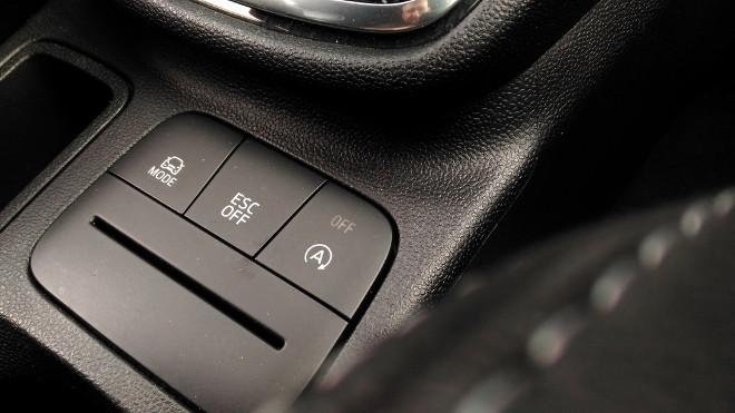 Ford Fiesta ST ESP off, Bedierntasten ESC