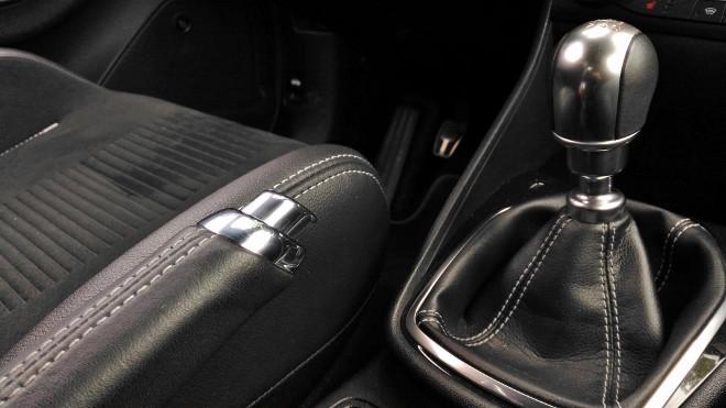 Ford Fiesta ST Schalthebel, 6-Gang-Getriebe