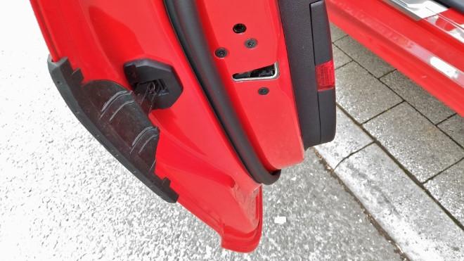 Ford Fiesta ST Schutz an der Tür