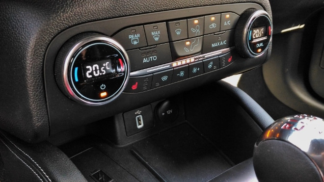 Klima einstellen Ford Focus ST 280 PS