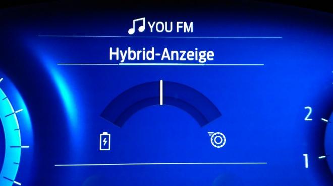 Ford Puma Hybrid Hybridanzeige