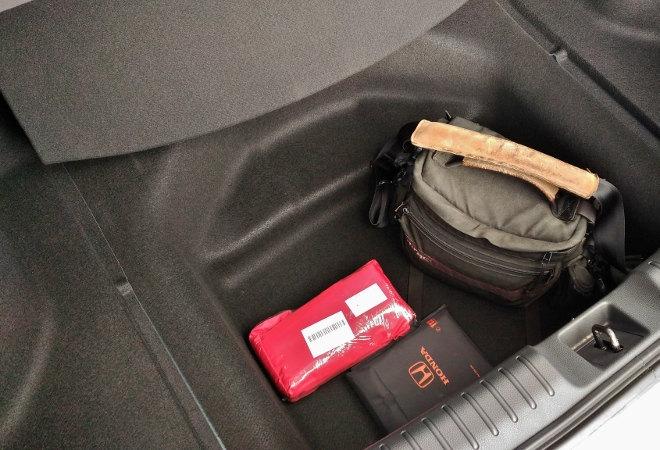 Honda Civic Hatchback Kofferraumfach