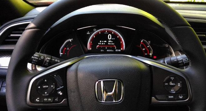 Honda Civic Limousine 2017 Lenkrad
