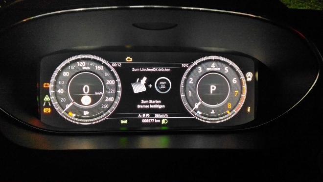 Jaguar E-Pace P200 Tacho und Drehzahlmesser