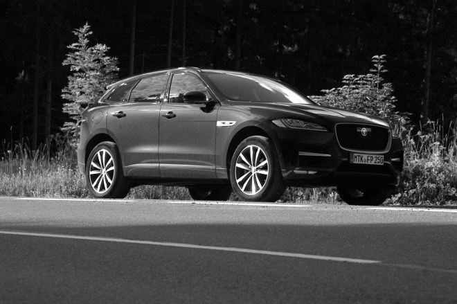 Jaguar F-Pace Exterior Seite