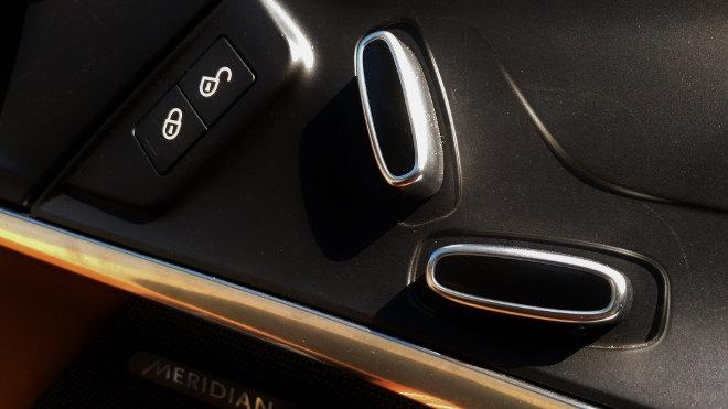 Jaguar F-Type Vierzylinder Sitzverstellung