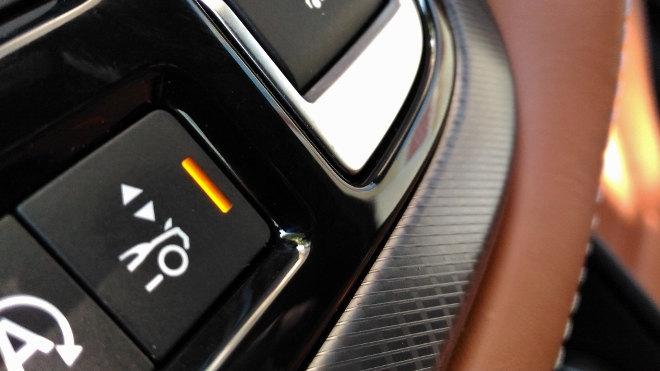 Jaguar F-Type Cabrio 2.0 Turbo Vierzylinder Taste Spoiler