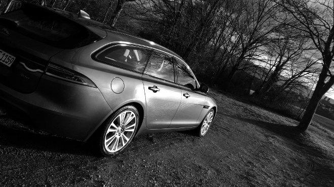 Jaguar XF Sportbrake 30d Heck seite 2018