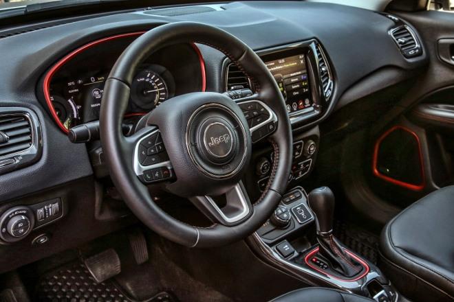 Armaturenbrett Jeep Compass 4xe Plug in Hybrid