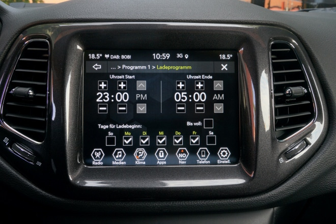 Laden Jeep Compass 4xe Plug in Hybrid
