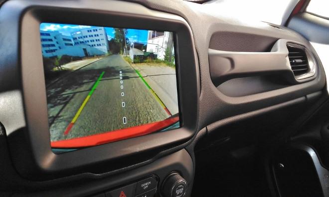 Jeep Renegade Facelift Bildschirm und Kamera