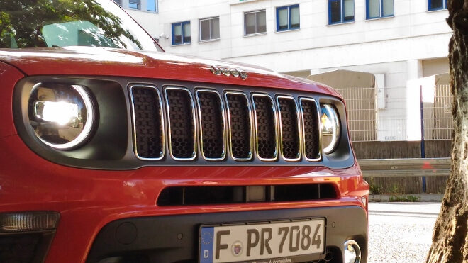 Jeep Renegade Facelift Front