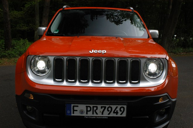 jeep-renegade-test-front-grill