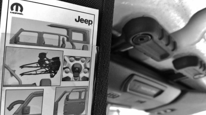 Jeep Wrangler Limited 4-door Dach öffnen im Sahara